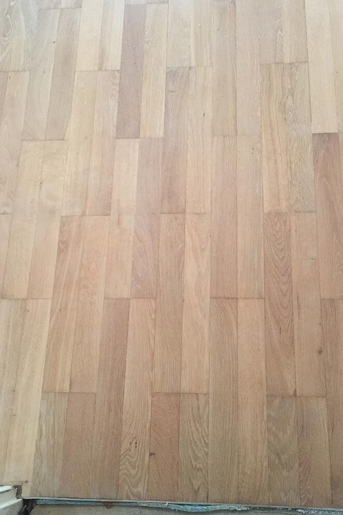 Wiederherstellung von Teppichverlegung auf Parkett (Phase 2)